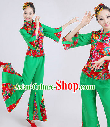 6d53b2b702c3 Traditional Chinese Dance Recital Costumes for Women