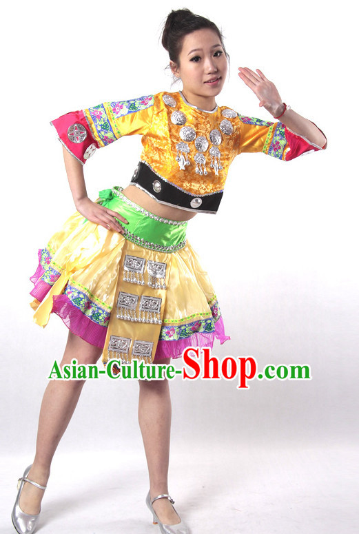 a200e6a0a34c3 Chinese Style Parade Miao Dance Costume Ideas Dancewear Supply Dance Wear  Dance Clothes Suit