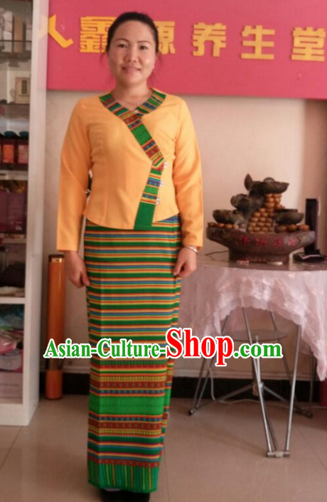 69f6c6ed5029 Traditional National Thai Dress Thai Traditional Dress Dresses Wedding  Dress online for Sale Thai Clothing Thailand