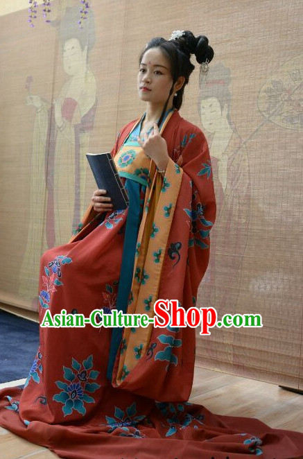 be8138f8ccca Traditional Chinese Ancient Tang Dynasty Clothing Imperial Wedding Dresses  Beijing Classical Chinese Bridal Clothing for Women