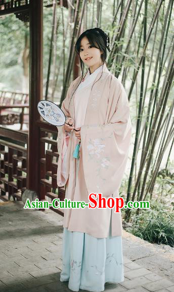 e7cc23155 Traditional Chinese Ancient Ming Dynasty Palace Lady Wide Sleeve Cape Hanfu  Costume Embroidered Cloak for Women