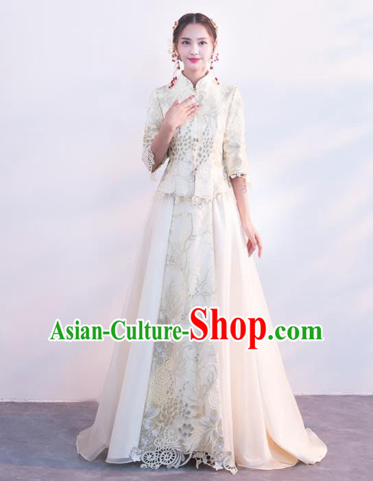 7cdc25f047 Chinese Traditional Embroidered Wedding Costumes White Xiuhe Suits Ancient  Bride Dress for Women