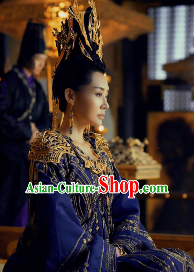 Chinese Ancient Grand Princess of Yin Empir Bai Lingbo Novoland Eagle Flag Xu Qing Replica Costumes and Headpiece for Women